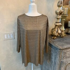 Philosophy Classy Gold Tunic in squared pattern